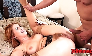 Simple redhead tugs their way flimsy vagina