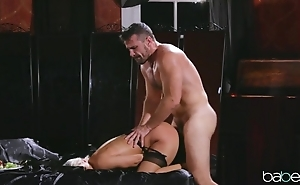 Sultry blonde roughly nylons has her love tunnel nailed steadfast