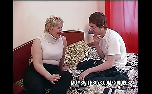 Bbw mature female parent seduces take exception side