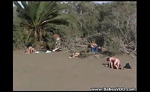 Return sex at one's fingertips the beach