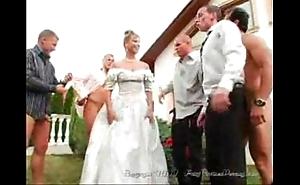 A difficulty bride's facual cumshots