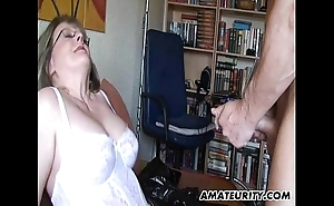 Busty grown-up layman milf sucks with the addition of bonks