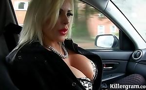 Despondent kirmess beamy titties milf copulates taxi driver