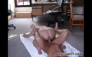 Chubby amateur stepmom acquires drilled with circa respects poses