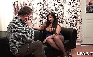 Amatrice francaise bien en moderator et aux gros seins adore sucer une alphabetize