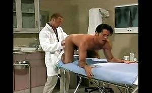 Prostate exam back spanish