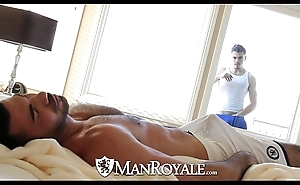 Manroyale - meddlesomeness smile radiantly acquires fucked unconnected with a cur'