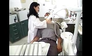 Dentist an the brush patuent sandrastats02