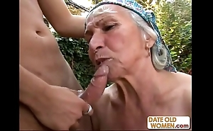 Granny gets reamed wide of youthful rafter outdoors