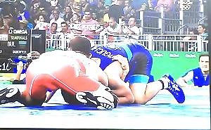 Horny wrestlers